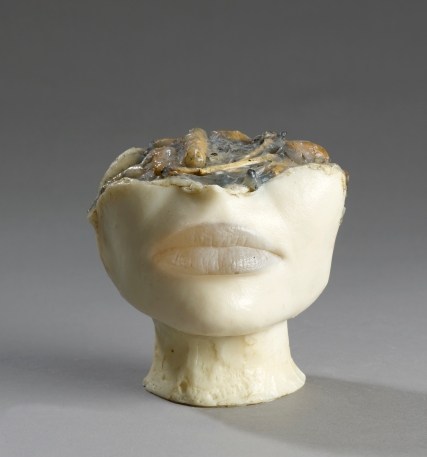 Alina Szapocznikow, Cendrier de Célibataire I [The Bachelor's Ashtray I], 1972. Coloured polyester resin and cigarette butts. Private collection. © ADAGP, Paris 2017. Courtesy The Estate of Alina Szapocznikow / Piotr Stanislawski / Galerie Loevenbruck, Paris. Photo Fabrice Gousset.